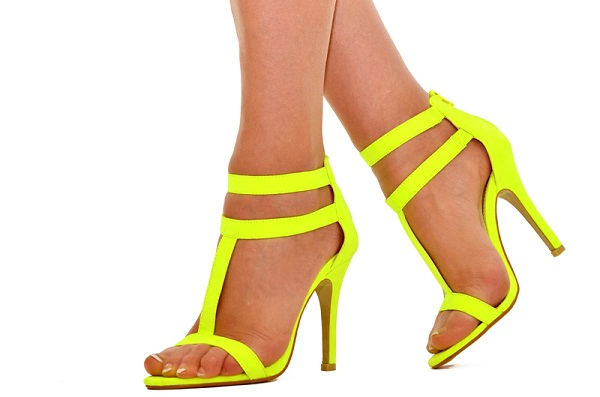 What are the Hot Shoe Trends for Spring 2015 (4)