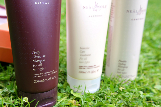 Cocktails in Teacups Neal & Wolf Summer Solstice Gift Set Review Ritual Daily Cleansing Shampoo