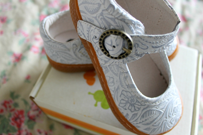 Cocktails in Teacups Livie and Luca Shoe Review Mummy & Daughter Shoes for Florida