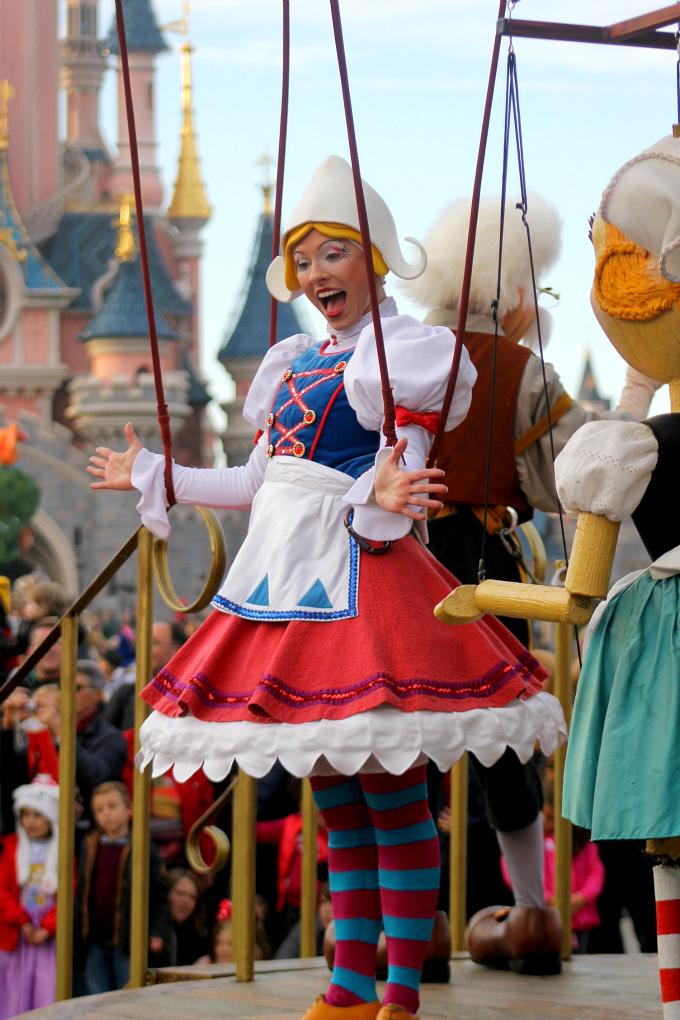 Cocktails in Teacups Disney Life Parenting Travel Blog Disneyland Paris Disney Magic on Parade Pinocchio Puppets