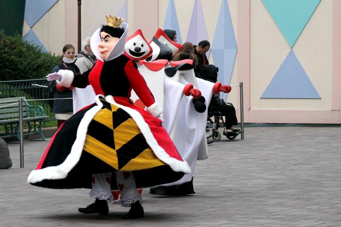 Cocktails in Teacups Disney Life Parenting Travel Blog Disneyland Paris Disney Magic on Parade Queen of Hearts