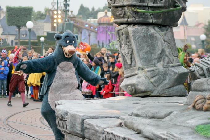 IMG_1297Cocktails in Teacups Disney Life Parenting Travel Blog Disneyland Paris Disney Magic on Parade Baloo