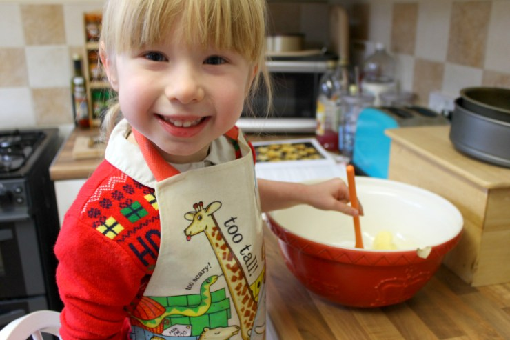 cocktails-in-teacups-disney-life-travel-parenting-blog-5-festive-things-to-do-with-your-child-in-the-north-east-baking