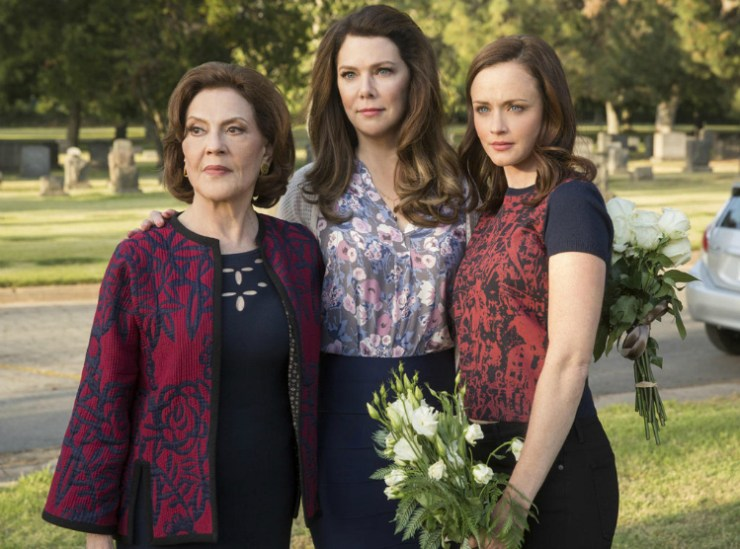 cocktails-in-teacups-disney-life-travel-parenting-blog-an-essay-on-why-i-dont-like-gilmore-girls-emily-lorelai-rory