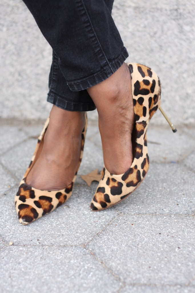 casual friday black skinny jeans leopard pumps up close spring 2016