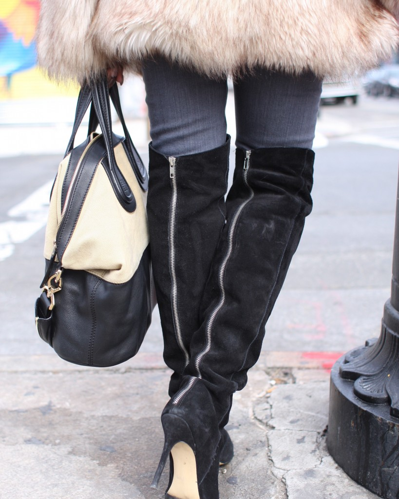 faux fur coat white top grey jeans black OTK boots mirrored sunglasses winter 2016 finale back detail