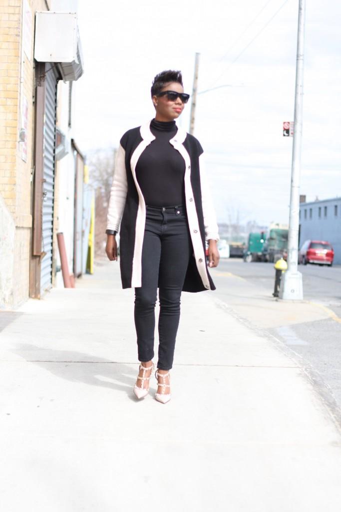 maxi cardigan black turtleneck black skinny jeans blush rockstuds spring 2016