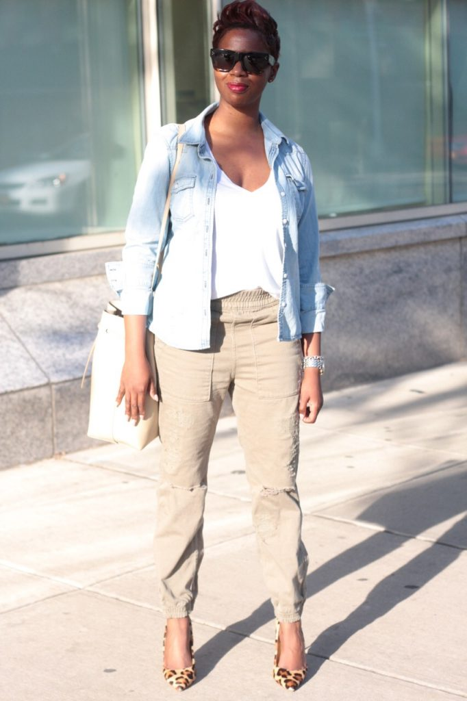 summer staples chambray shirt white tshirt olive joggers leopard pumps bucket bag