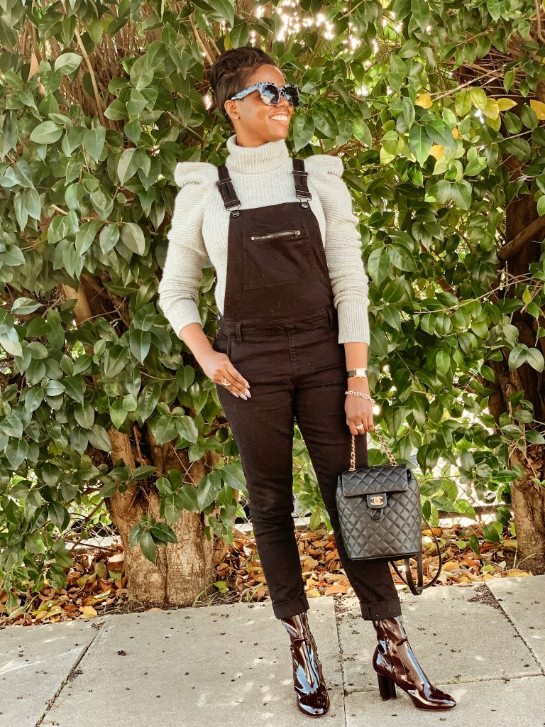 San Francisco Style Blogger Amber Richele of Cocoa Butter Diaries shares the second entry in her summer wardrobe edit series that's all about overalls!