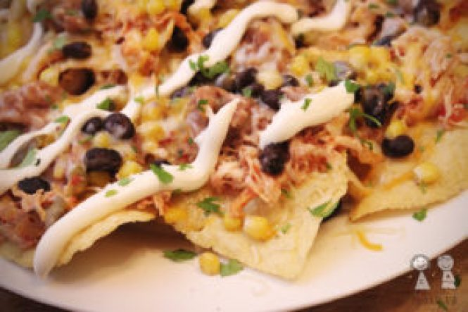 Easy Mexican Chicken Nachos