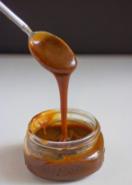Easy Caramel Sauce, caramel, homemade caramel sauce, caramel sauce with brown sugar