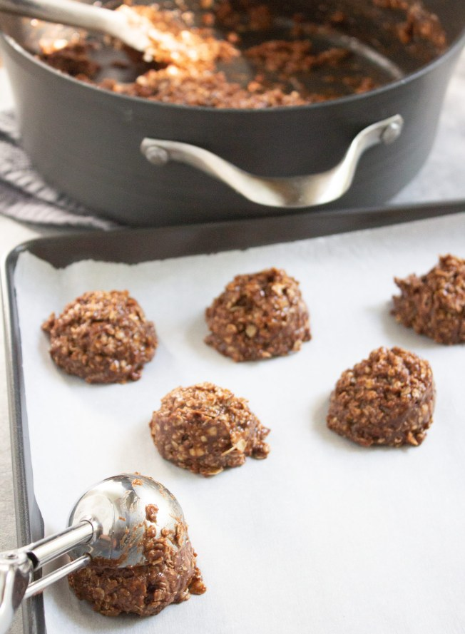 no bake cookies, classic no bake cookies, coco and ash, dessert, no bake cookie recipe