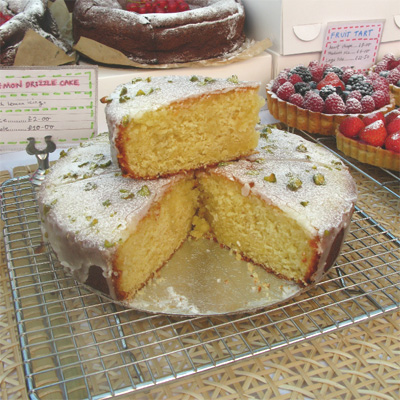 Coco&Me - Lemon drizzle cake - Broadway Market