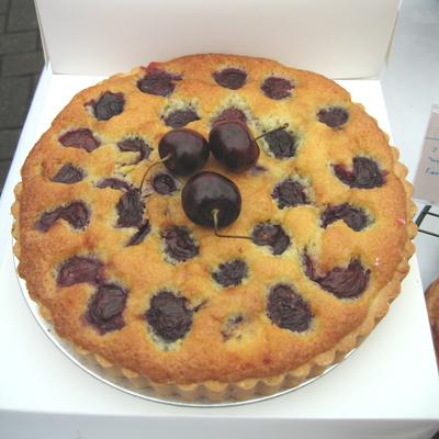 www.cocoandme.com - cherry clafoutis - Coco&Me