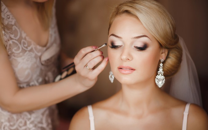 10 top tips: how to get the most out of your wedding hair
