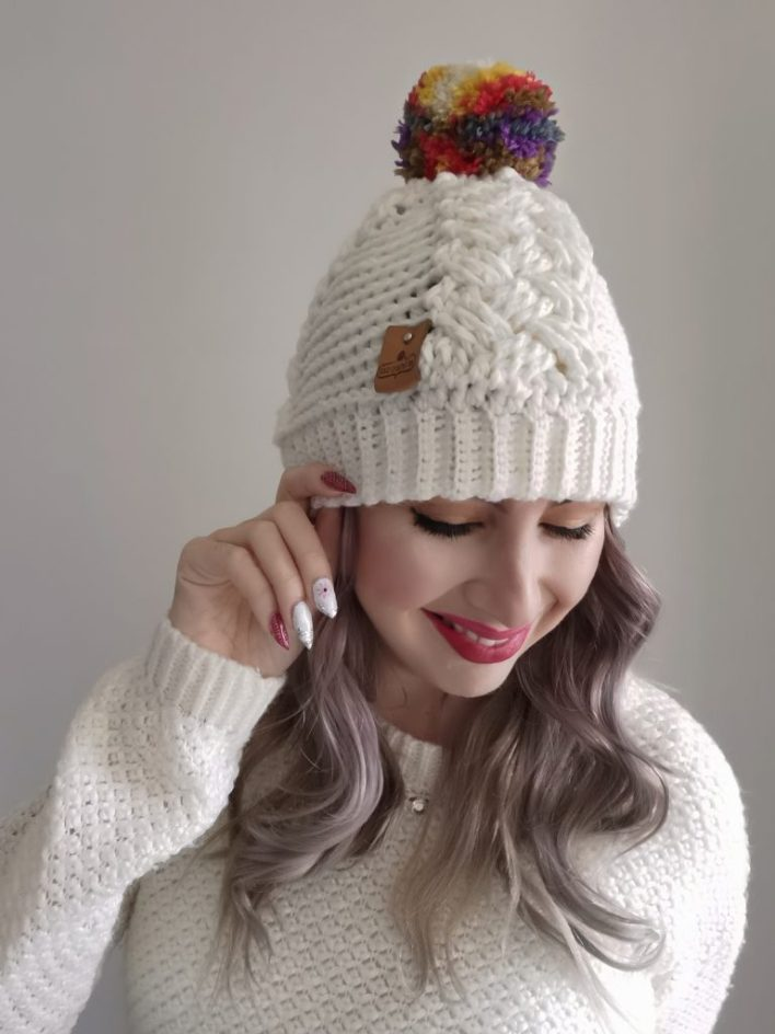 Lee's Cabled Beanie - Free Crochet Pattern -CoCo Crochet Lee