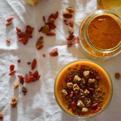 persimmon-khaki-maca-turmeric-smoothie
