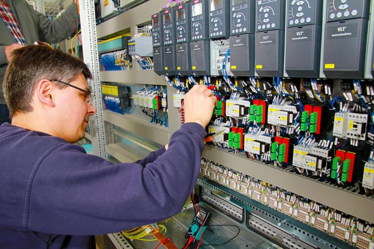 electrical_engineering
