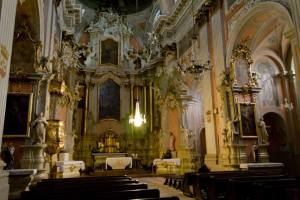 church-of-st-therese-vilnius-interior