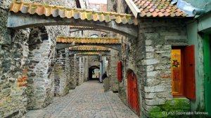 st-catherines-passage-in-tallinn-old-town