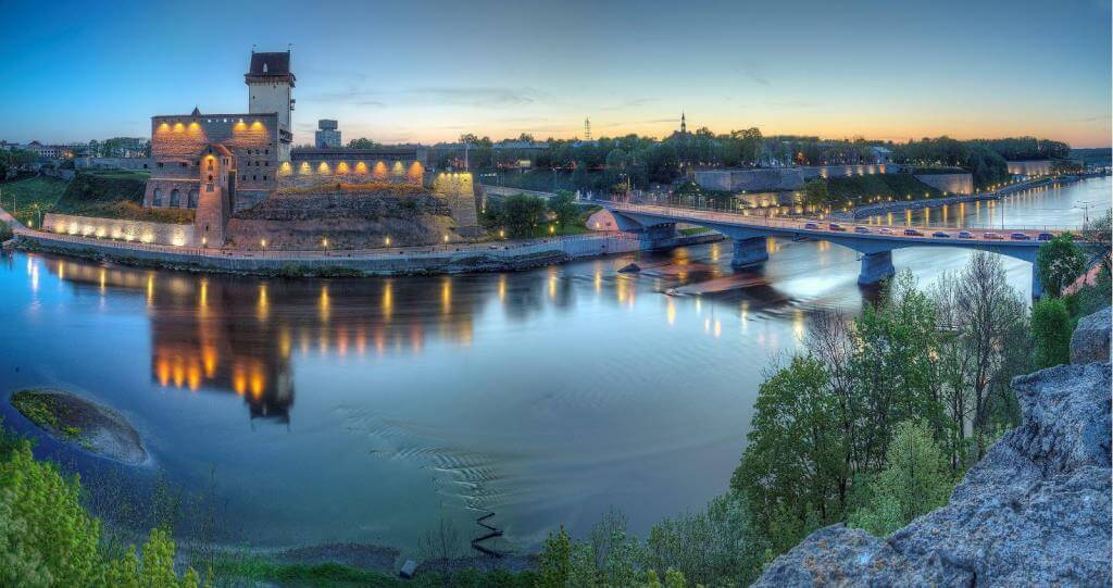 Narva Estonia Guide