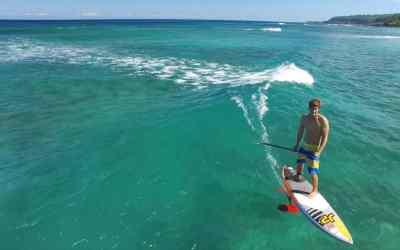 Surf et foil. Une preuve de plus