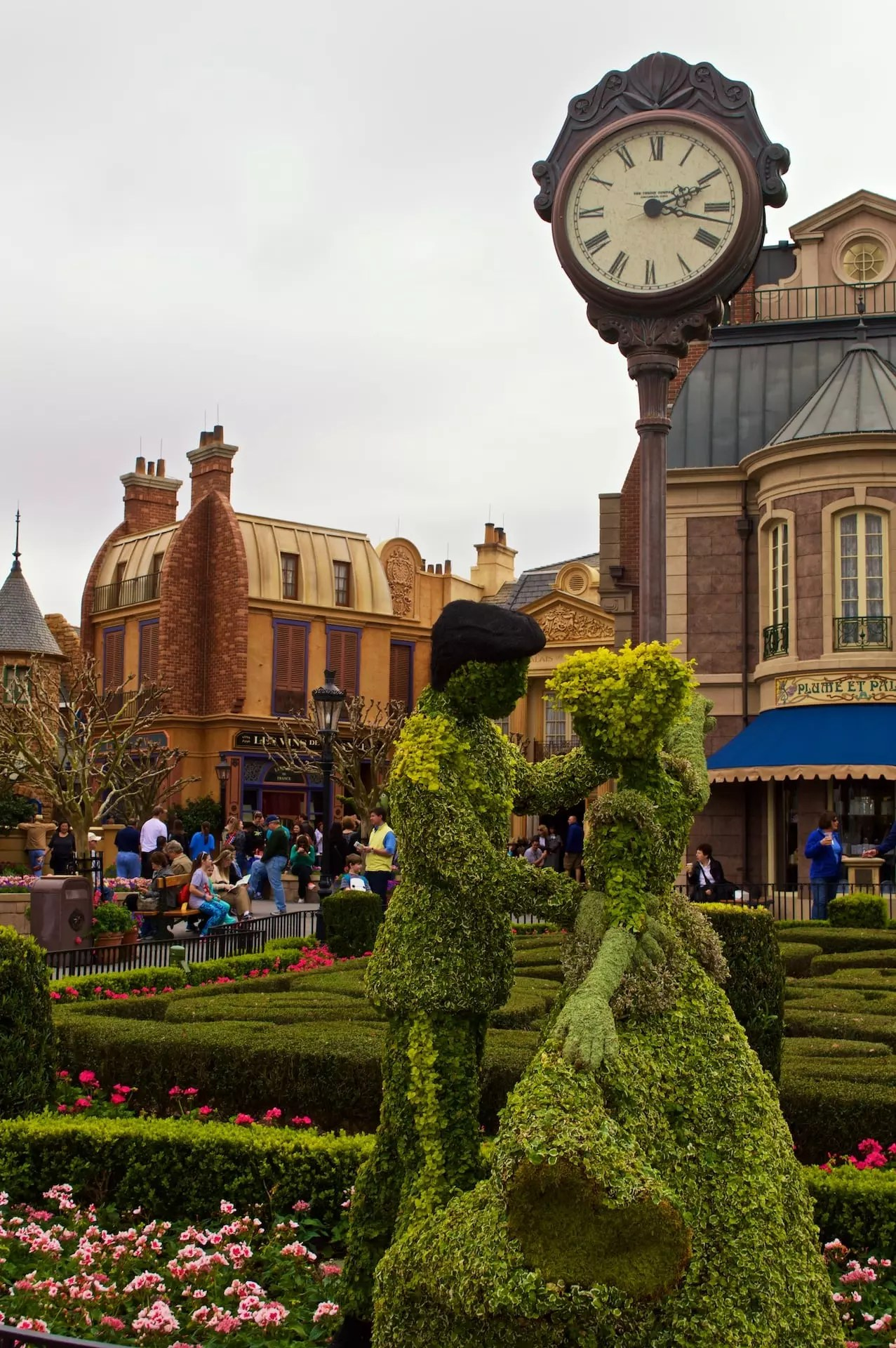 Epcot Flower and Garden Festival - Cody Rodriguez