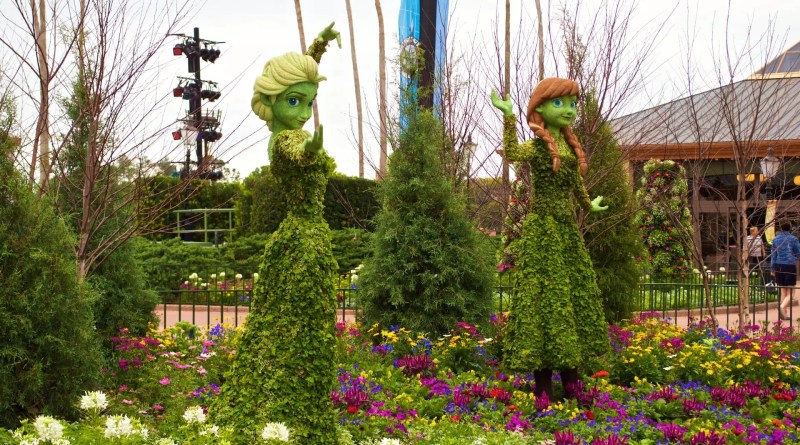 Elsa-and-Anna-Epcot-Topiary