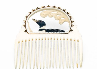 Loon Comb