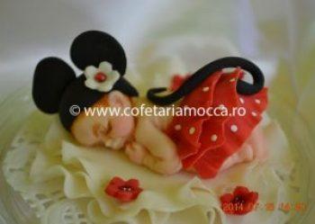 Figurina bebelus din martipan oradea