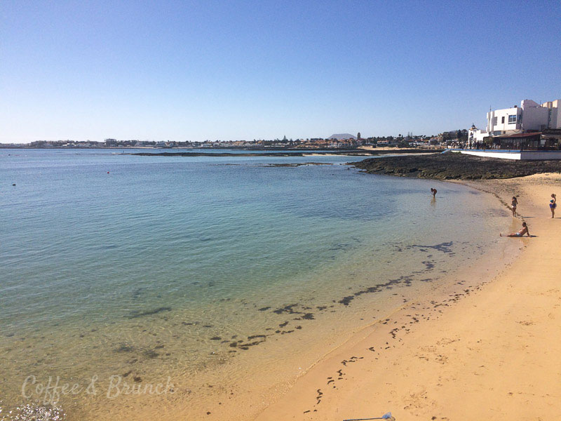 Brunch en Fuerteventura - Mezclando trabajo con placer - Playa en Corralejo