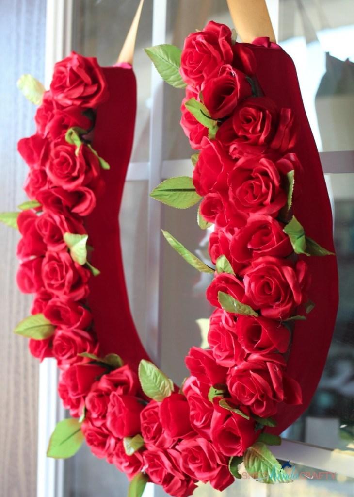 Run for the Roses Wreath