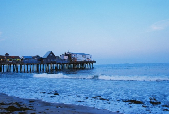 film-8-oob-pier-beach
