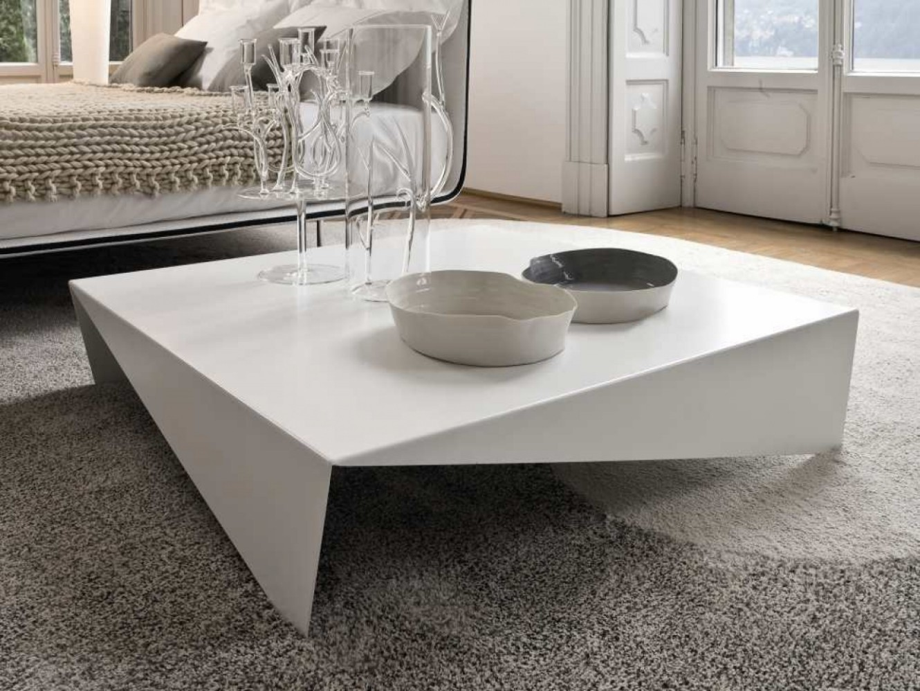 15 large coffee tables you need in your