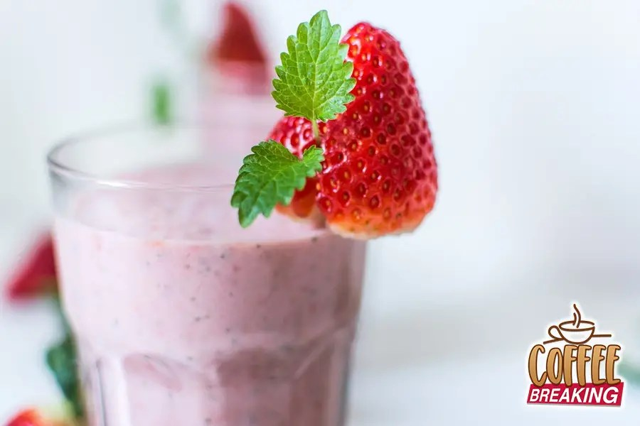 4 Smoothies Blending Things Up