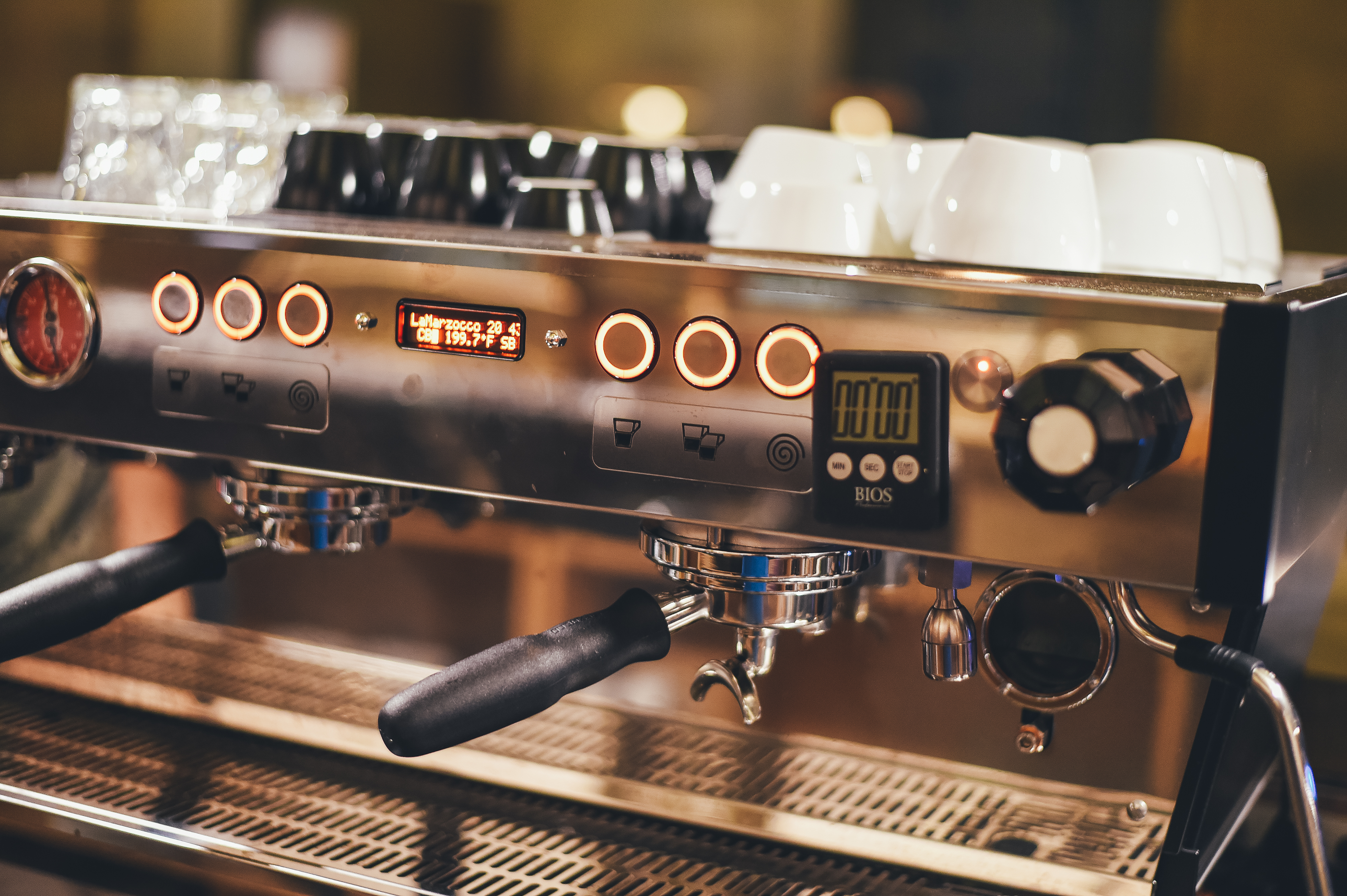 5 Best Coffee Making Machines For Your Coffee Shop