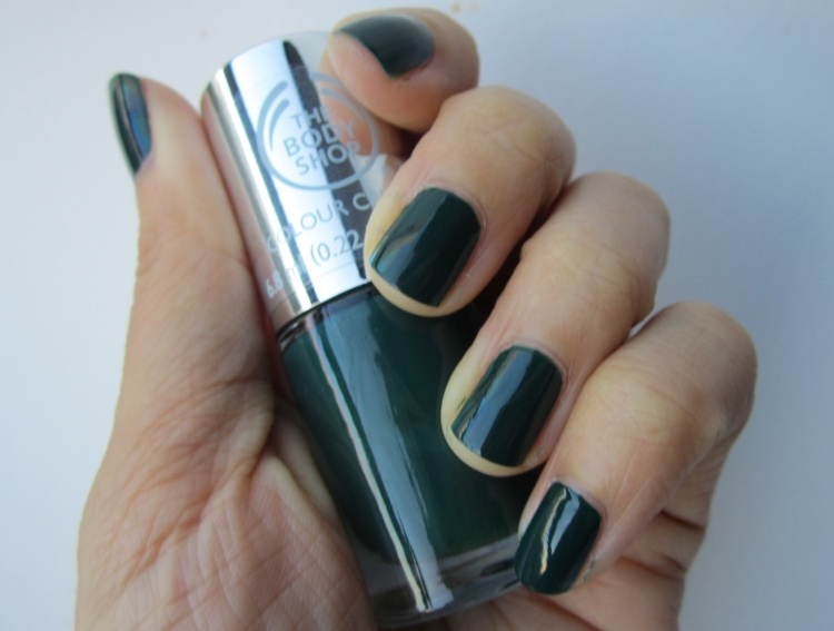 the body shop colour crush nails the body shop green