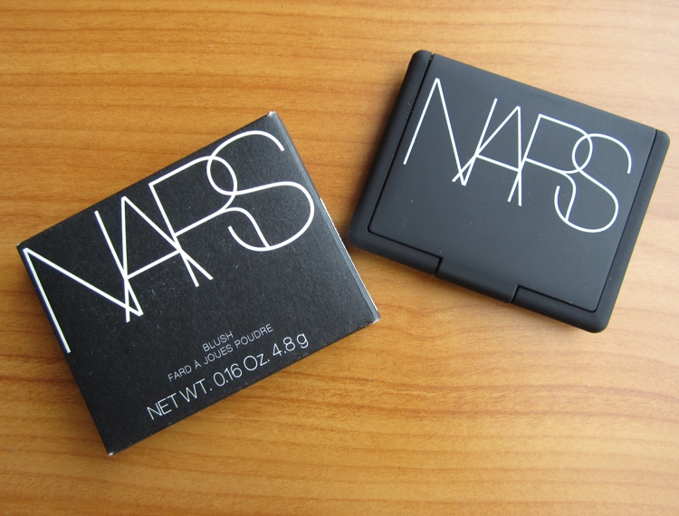 nars blush exhibit a packaging