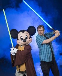 Mark+Hamill+Visits+Walt+Disney+World+Star+EZ9oKxos3Cql
