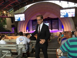 James Arnold Taylor working the crowd during Obi-Wan and Beyond