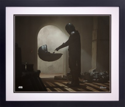 The Mandalorian and The Child from The Mandalorian 8x10 Official Photo From Topps Pedro Pascal as The Mandalorian and The Child from The Mandalorian Season 1, Chapter 1 8x10 Official Photo Available now exclusively at http://www.StarWarsAuthentics.com: https://www.starwarsauthentics.com/iSynApp/productDisplay.action?sid=1102083&productId=1596302&isynsharedsession=MO9uK67zwy71grDGIZ8SD26_z8nKAnrzaw1J7kT2q-NEdaSACl02r4aCDzYhNvUm