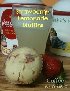 strawberry-lemonade-muffins