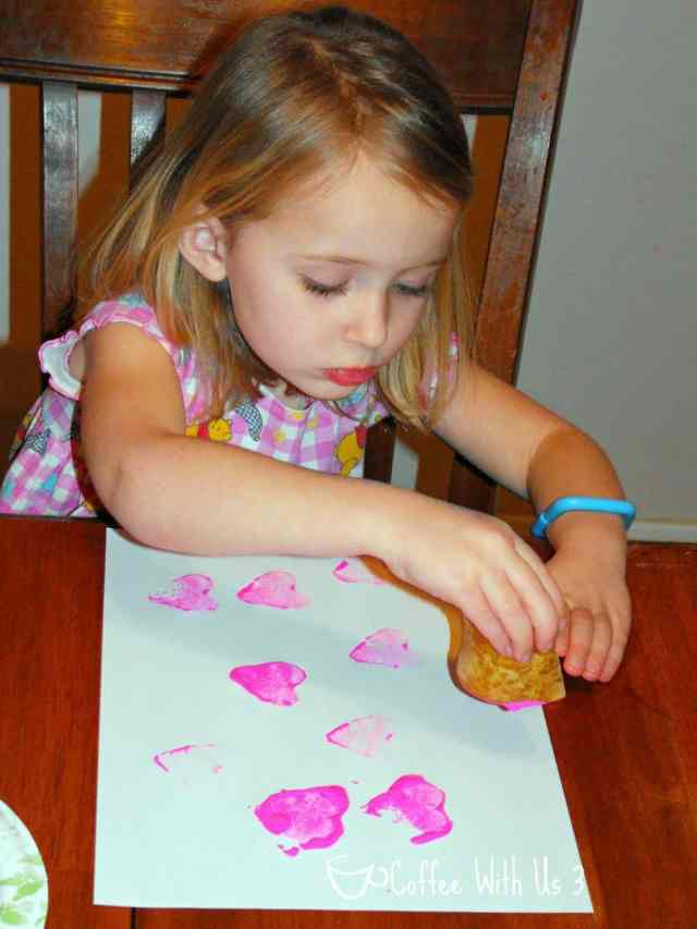 Veggie Stamp Valentines- Easy and fun way for little ones to make their own Valentine's Day cards!