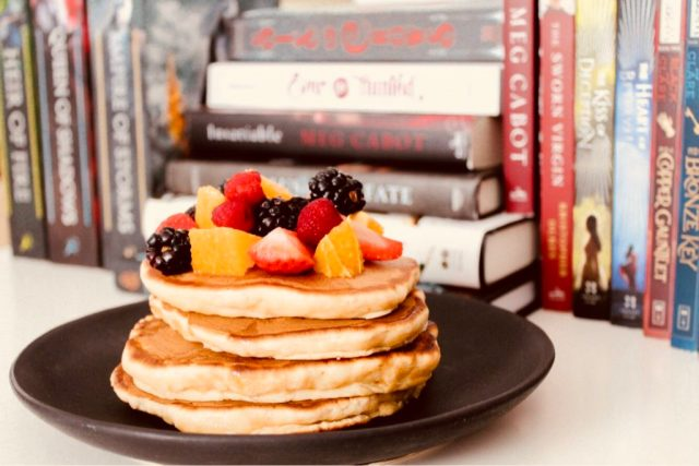 writing characters, character writing tips, tips for writing characters, how to write, good writing, pancakes and writing, books, coffee writers blog