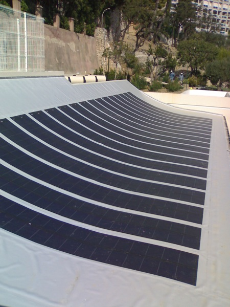 panneaux solaires au sol