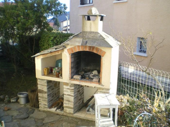 construire un barbecue en brique