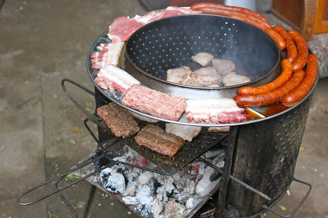 fabriquer barbecue en pierre