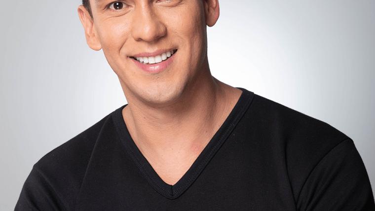 Dr. Julian Torres