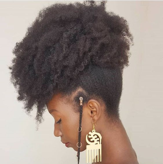 afro puff on 4c hair with fulani braids