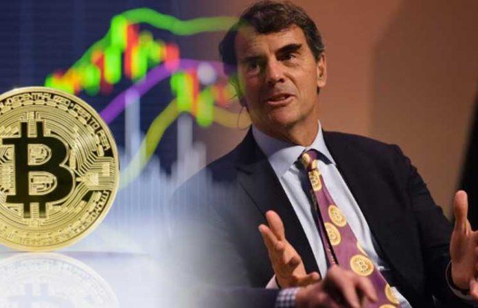 Tim Draper es uno de los defensores más radicales de Bitcoin, y para probarlo siempre puedes verlo usando su corbata de Bitcoin y dando entrevistas al respecto.